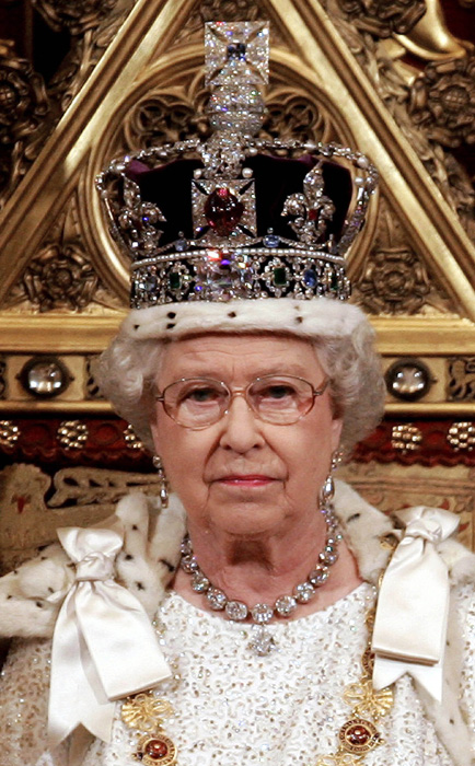 07 MARCH 2012Queen Elizabeth Crown